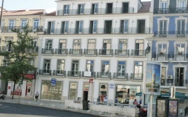 Edificio na Praça dos Restauradores, Lisboa